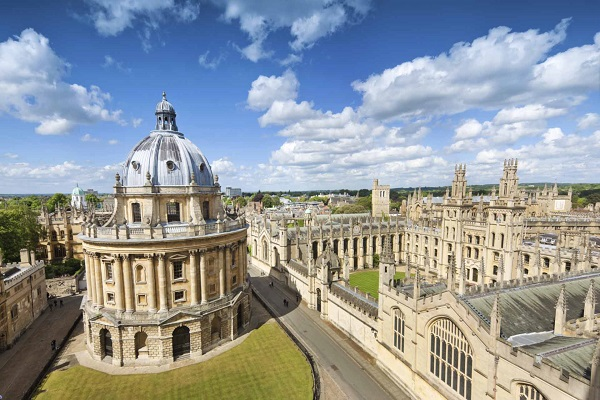 Attractions and Places to Visit in Oxford