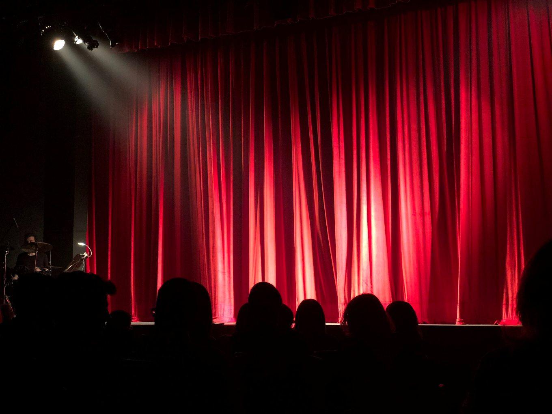 / Cinemas & Theatres in Oxford